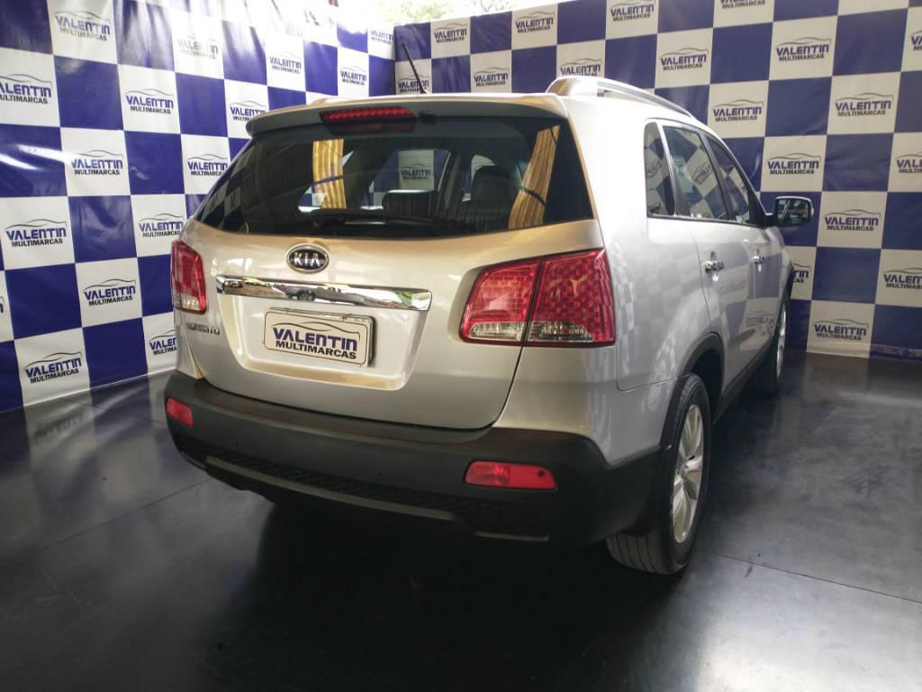 Foto numero 9 do veiculo Kia Sorento 2.4 4x2 aut. - Prata - 2011/2012